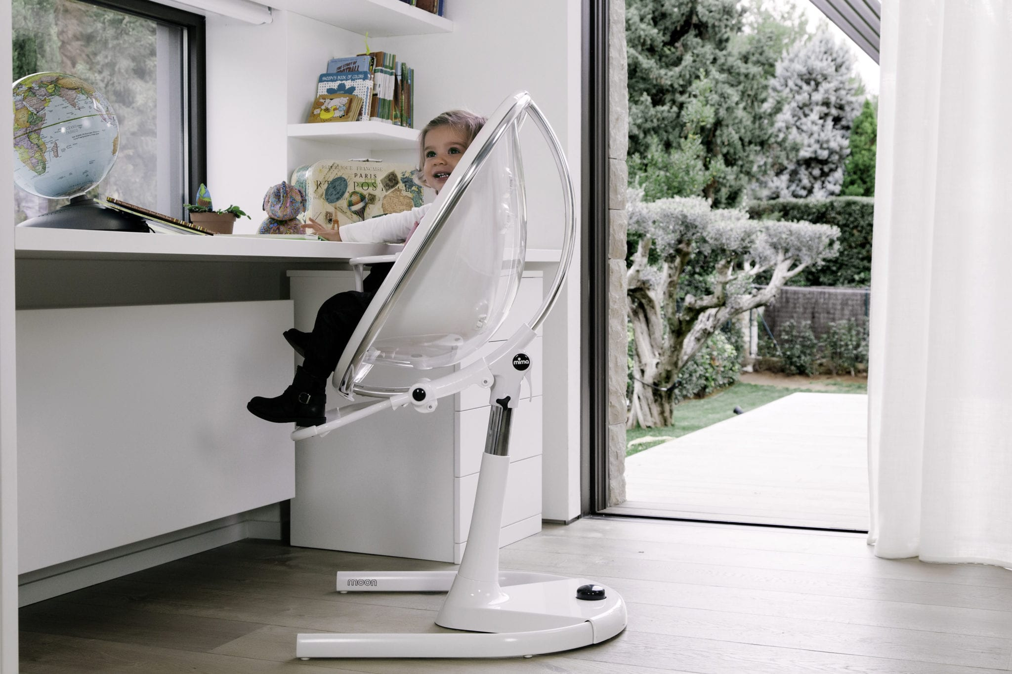 The Mima Moon high chair / junior chair is a stylish and practical addition to your home.